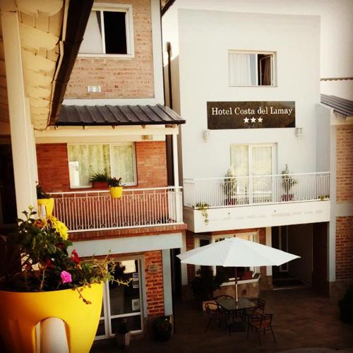 Hotel Costa Limay Photo