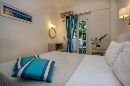 Diamond Apartments & Suites - Petinaki 10 Greece