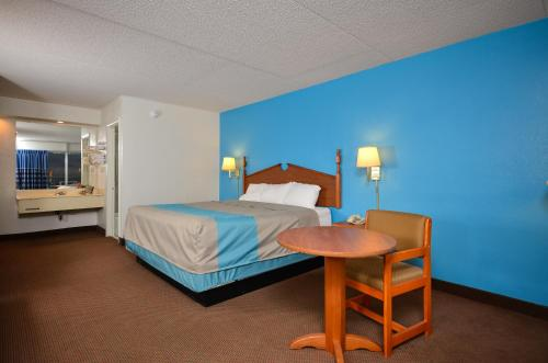 Motel 6 Pulaski Photo
