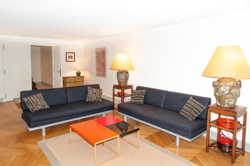 Exclusive Apartment Rue Boissy d'Anglas - фото 0
