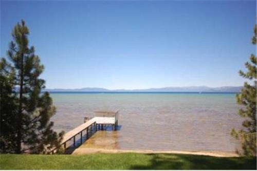 771 Lakeview Avenue Holiday Home - South Lake Tahoe, CA 96150