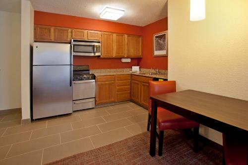 Residence Inn Fort Wayne Southwest Photo