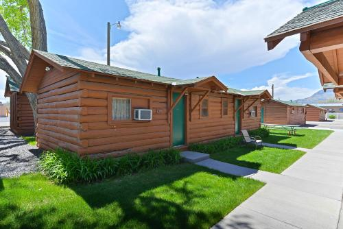 Buffalo Bill Cabin Village Photo