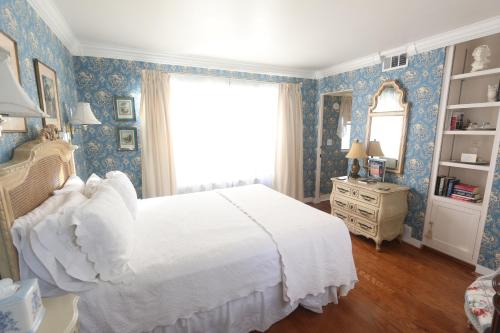 The Bed & Breakfast Inn at La Jolla Photo