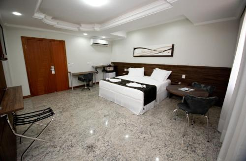 Mavil Plaza Hotel Photo