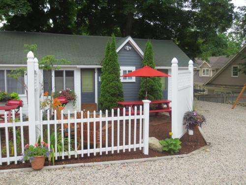The Cottages of Wolfeboro Photo