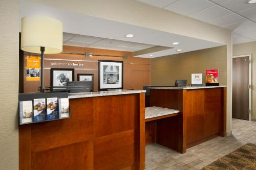 Hampton Inn Rochester North Photo