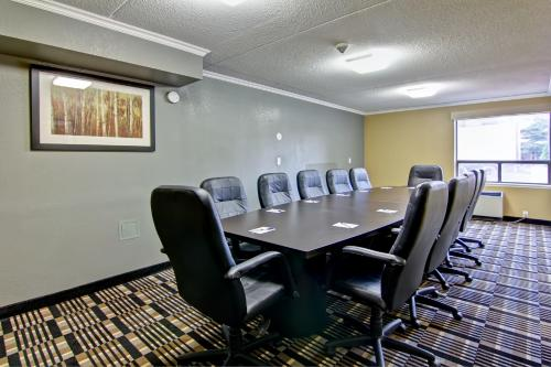 Best Western Plus Toronto North York Hotel & Suites photo 15