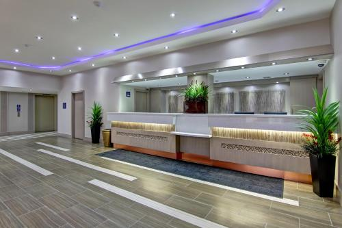Best Western Plus Toronto North York Hotel & Suites photo 21