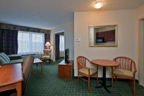 Days Inn & Suites Moncton Photo
