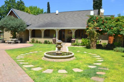Castello Guesthouse Vryburg Photo