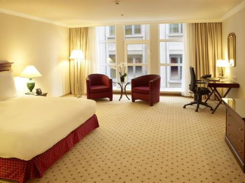 Hilton Antwerp Old Town photo 31