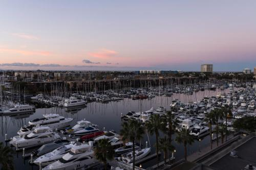 The Ritz-Carlton, Marina del Rey photo 32