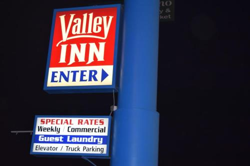 Valley Inn Fresno Photo
