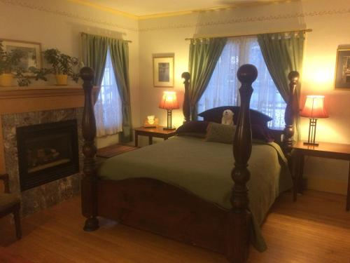 Wilderness Inn Bed and Breakfast Photo