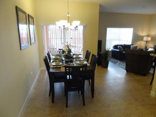 Paradise Palms Holiday Home 8861 Photo