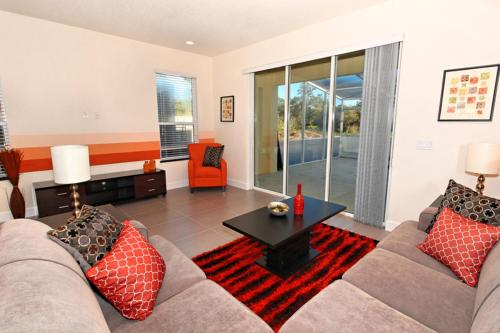 Serenity Holiday Home 17413 Photo
