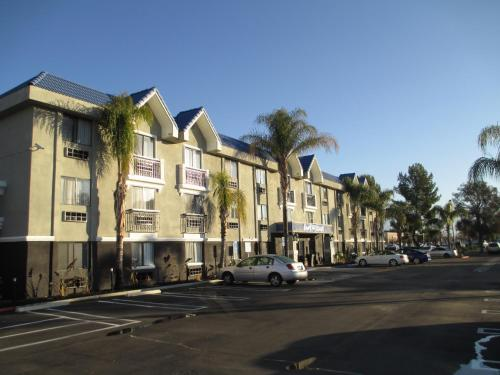Best Western Plus Diamond Valley Inn Photo