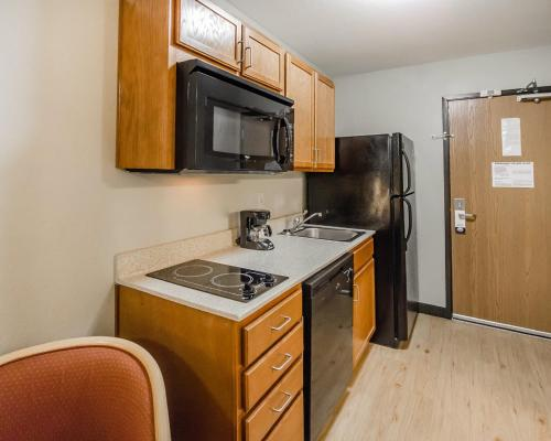 Suburban Extended Stay Hotel Clarksville Photo