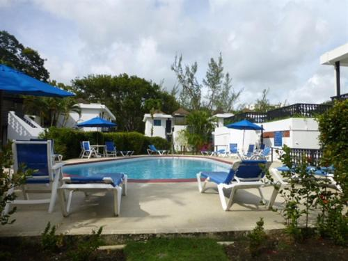 Hotel Rockley Golf Club, Pool, Tennis, Golf, Bar & Restaurant!