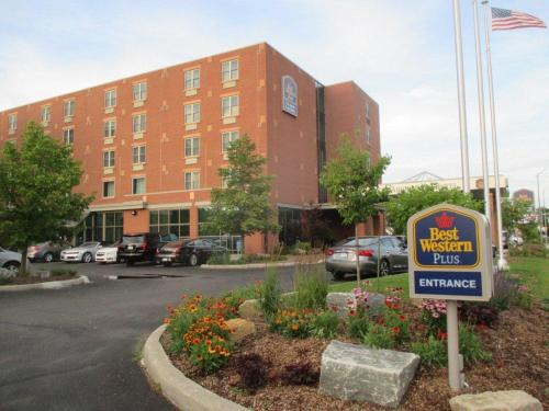 Best Western PLUS The Arden Park Hotel Photo