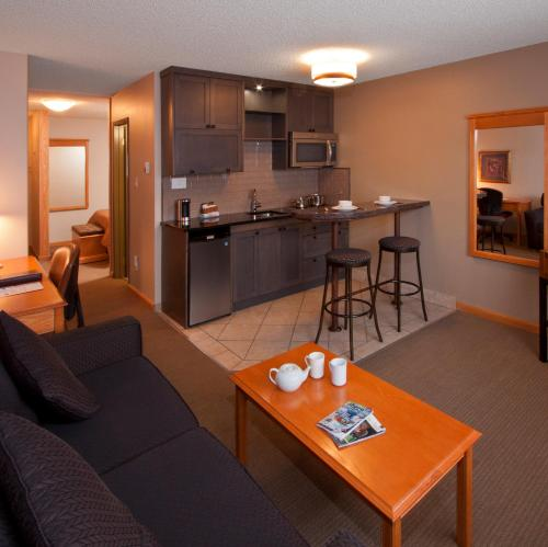 Best Western Jasper Inn & Suites Photo