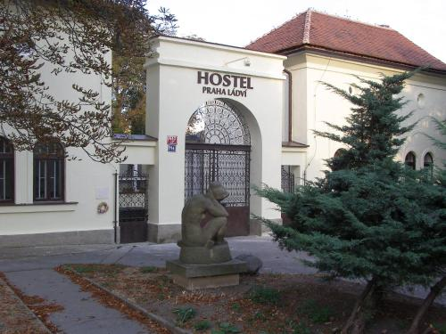Hostel Praha Ldv