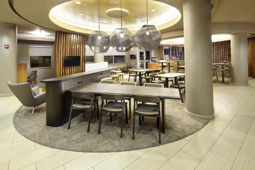 SpringHill Suites by Marriott Chicago Waukegan/Gurnee Photo
