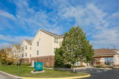 Homewood Suites Rochester-Henrietta Photo
