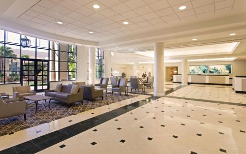 Hilton New Orleans Airport Photo