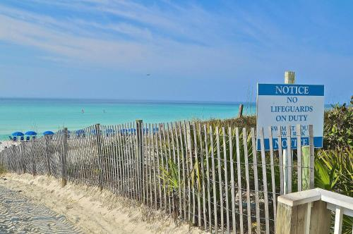 Beach Blue - Bungalows of Seagrove Photo