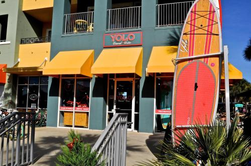 Gulf Place - 19 Town Center Loop 2B Photo