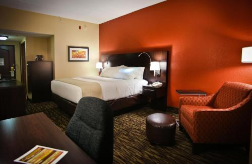Holiday Inn & Suites Downtown La Crosse Photo
