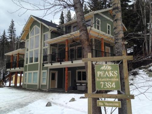 Peaks Bed and Breakfast Photo