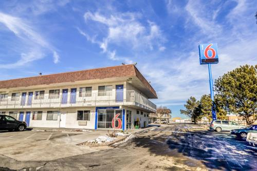 Motel 6 Fort Collins Photo