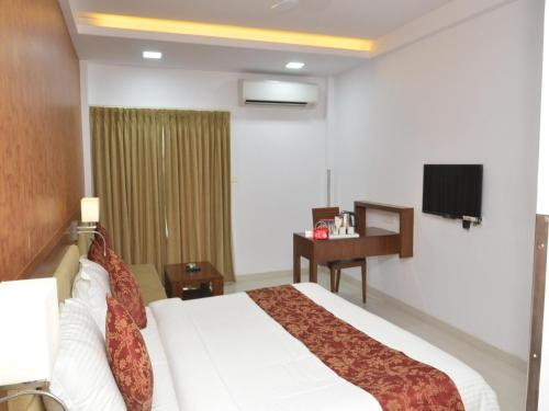 Hotel Oyo Rooms Near Baba Petrol Pump