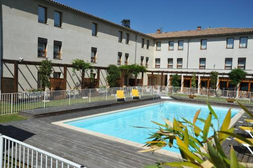Hotel Les Oliviers - carcassonne -