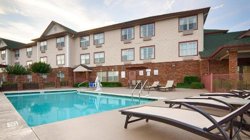 Best Western Plus Bessemer Photo