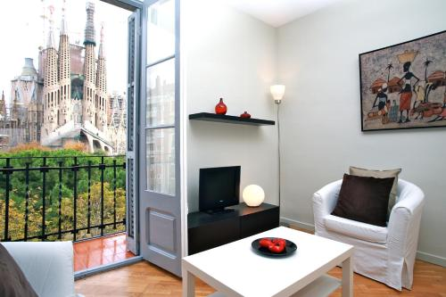 BarcelonaForRent Plaza Sagrada Familia Apartment photo 9