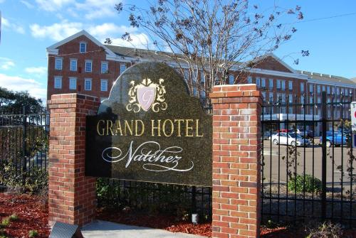 Natchez Grand Hotel Photo