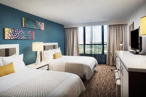 Wyndham Lake Buena Vista Resort Disney Springs® Resort Area photo 4