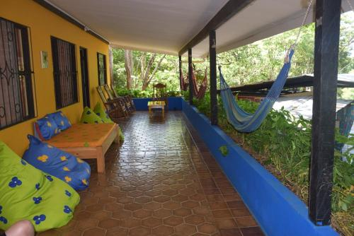 Pura Vida MINI Hostel - Tamarindo Costa Rica Photo
