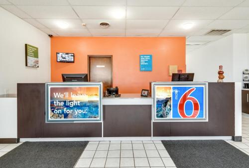 Motel 6 Longview North Photo