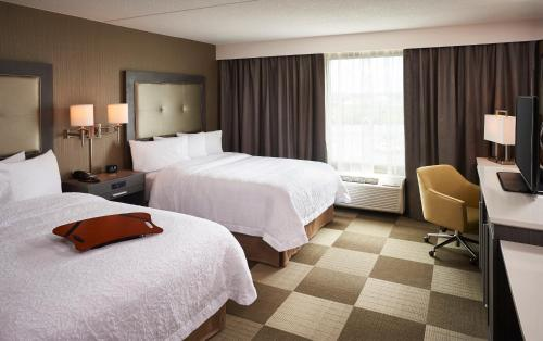 Hampton Inn by Hilton Sarnia/Point Edward in Point Edward