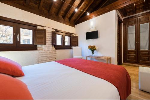 Budget Double Room Gar Anat Hotel Boutique 17