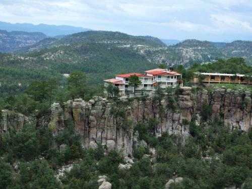 Mansion Tarahumara Photo