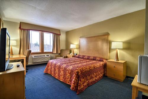 Katahdin Inn & Suites Photo