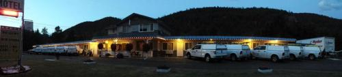 Evening Star Motel Photo
