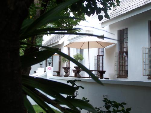 Constantia Guest Lodge Photo