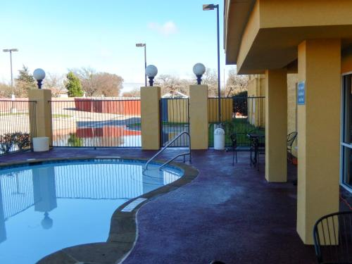 Motel 6 Balch Springs Photo